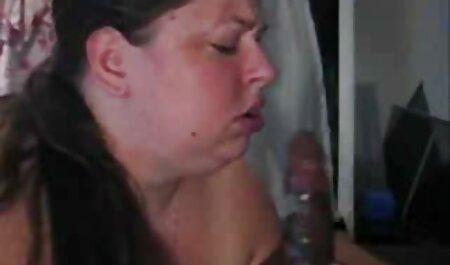 یک دختر از طبیعت دو سکسیدخترایرانی نوک سینه ها در دهان او