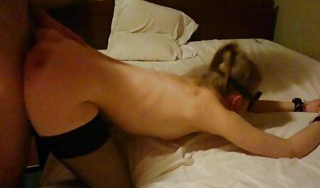 دختر fucks در یک کانال رقص سکسی در تلگرام دختر بالغ در بیدمشک