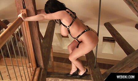 میزبان شروع به پریدن کرد سکسی ترین رقص در مالک ، بنابراین نه به از دست دادن شغل خود را