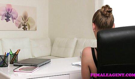 دختر fucks در دو زیبایی بر روی میز رقص سکسی اپارات